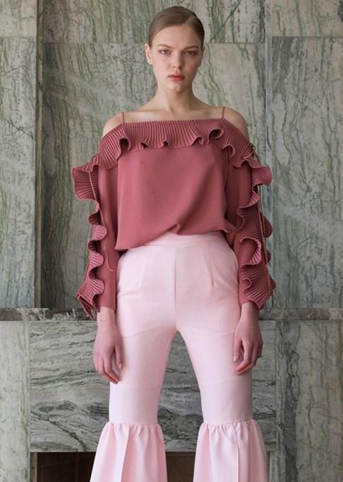 Best Lightweight Summer Tops For The Summer: Loeil Calin Top | Summer Fashion 2017
