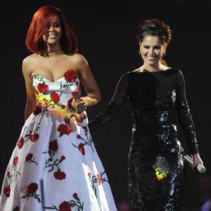Cheryl Cole enlists Rihanna for new