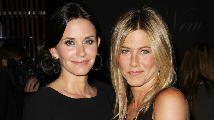 Courteney Cox wants us to leave
