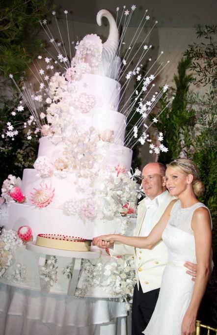 Prince Albert of Monaco & Charlene Wittstock wedding cake