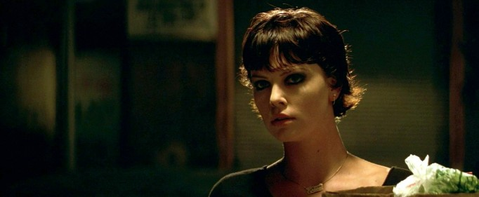 Charlize Theron in 'The Yards'