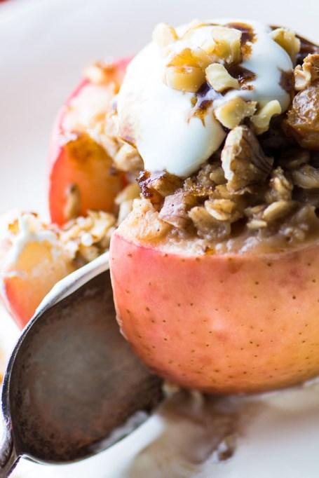 Easy Winter Breakfast Ideas | Baked Breakfast Apples