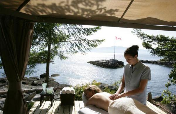 5 Romantic Canadian vacations