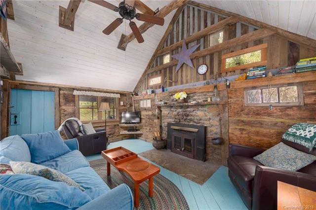 A $215,400 Riverside Cabin in North Carolina