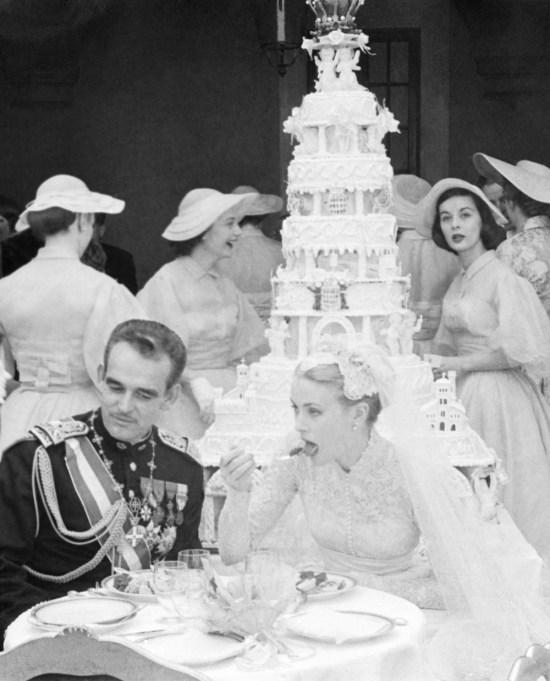 Prince Rainier of Monaco & Grace Kelly wedding cake