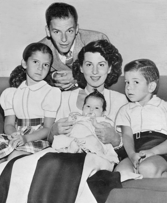 Photo of Frank Sinatra and Nancy Sinatra Sr. with their children