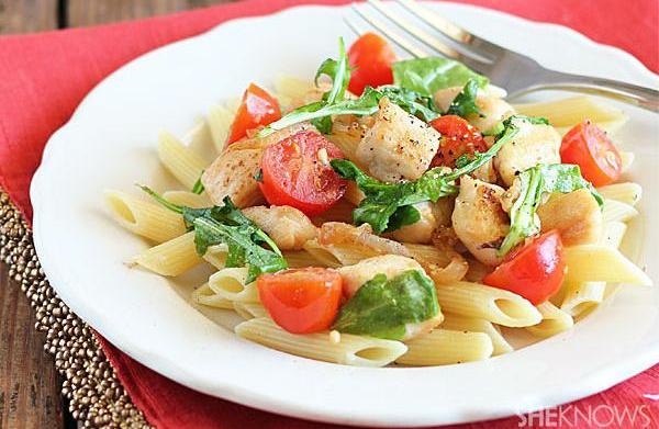 Garlic chicken pasta with arugula