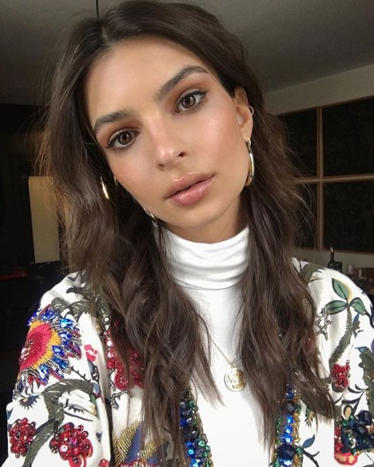 Model-Approved Hairstyle Ideas to Copy This Summer: Emily Ratajkowski's textured waves   Summer Hair