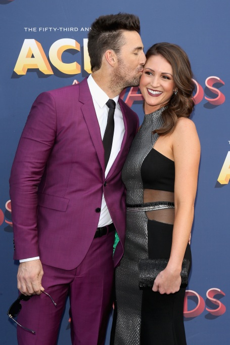 Jake Owen and Erica Hartlein at the 2018 ACMs
