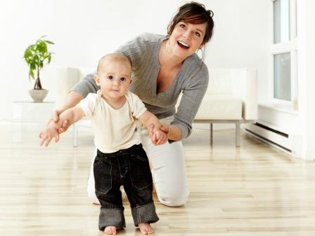 Making memories: Celebrating baby's first steps