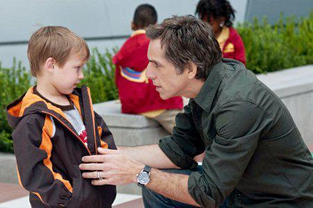 Little Fockers wins Christmas box-office weekend!