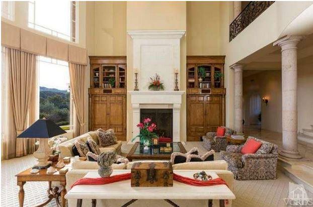 Britney Spears mansion den