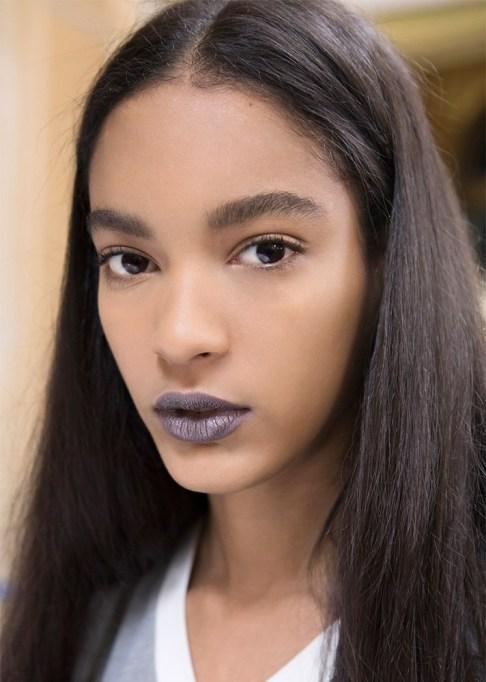 30 Summer Makeup Ideas: Gray Lips