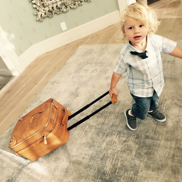 Jessica Simpson's family photos are totally beautiful: Ace looks so dapper