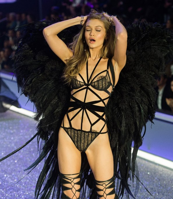 Gigi Hadid 2016 Victoria's Secret Fashion Show