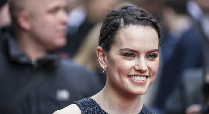 Daisy Ridley: Thank you for helping