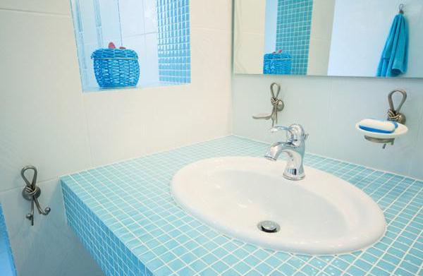 7 Bathroom organizing tips