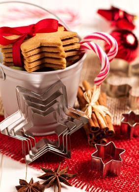 DIY Christmas Cookie Centerpiece