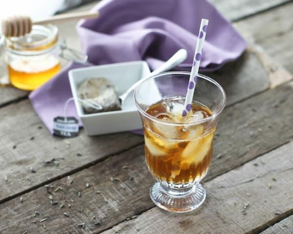 Summer Iced Tea Cocktail Recipes: Lavender iced tea