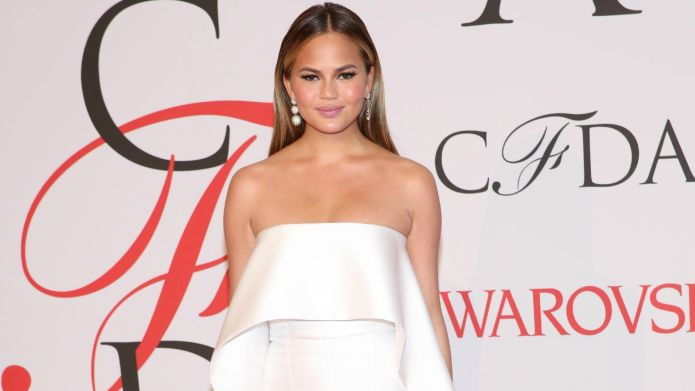 Chrissy Teigen's barely retouched nudes send