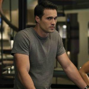 Agents of S.H.I.E.L.D. earns full-season order