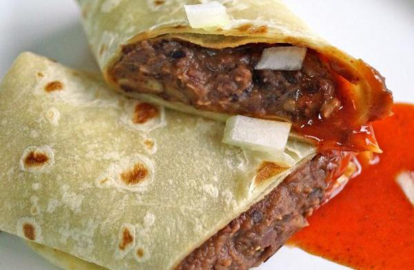 Copycat healthy Taco Bell bean burrito