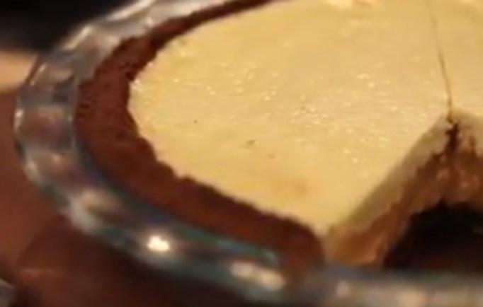 Holiday Baking Championship Recipes: Pumpkin Cream Pie