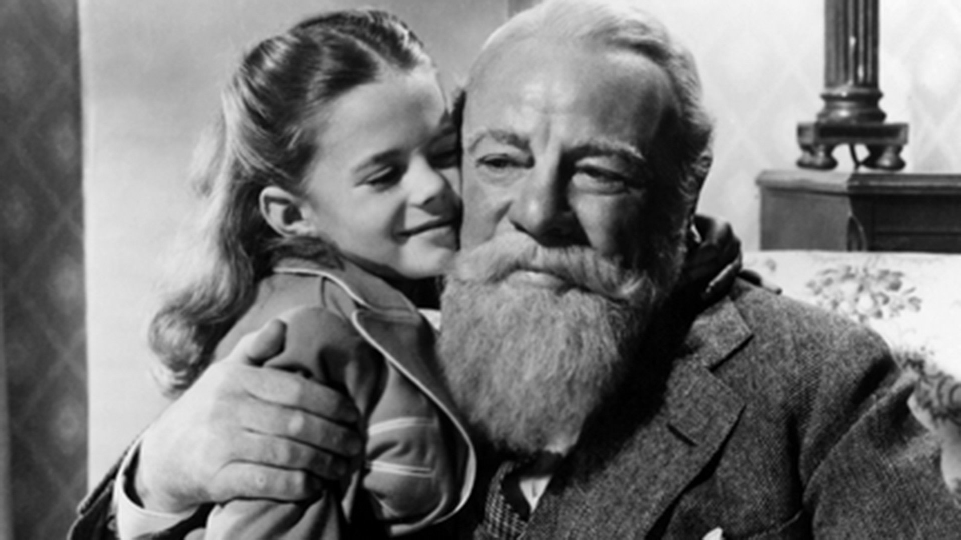 12 Things You Never Knew About Miracle on 34th Street – SheKnows