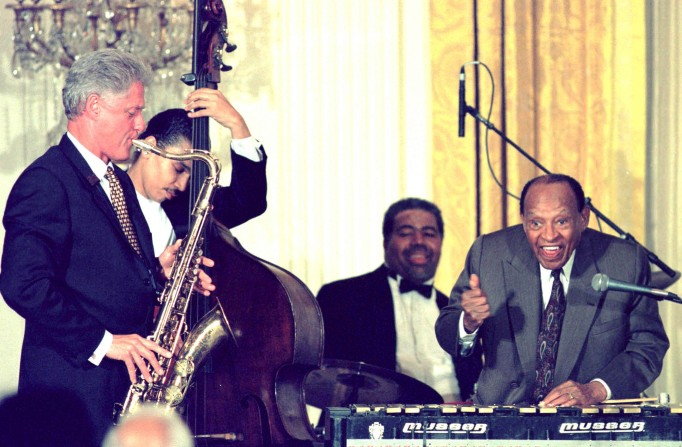 Funniest photos of Bill Clinton: Bill Clinton playing saxophone