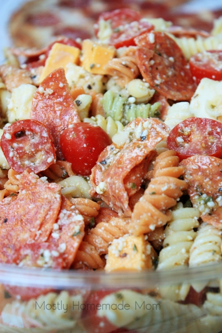 Pepperoni pizza pasta salad with Italian dressing