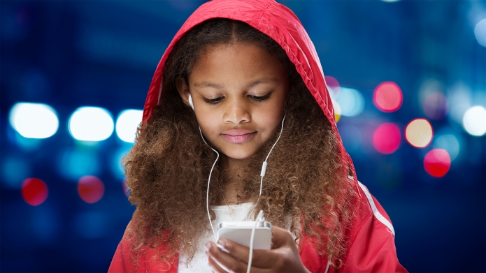10 Great Kids Podcasts for Drive-Time