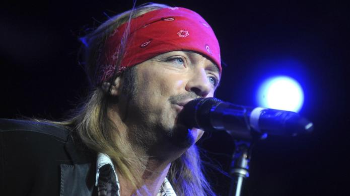 Bret Michaels rushed offstage due to