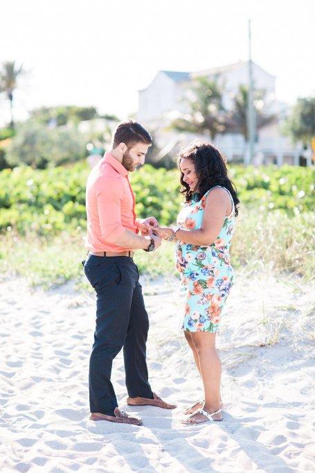 surprise-maternity-engagement-photo-shoot-proposal