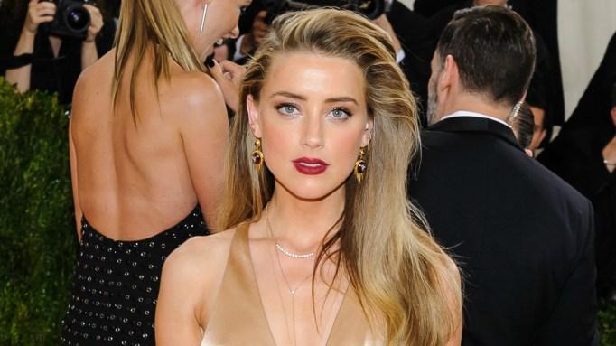 Amber Heard leaving Johnny Depp