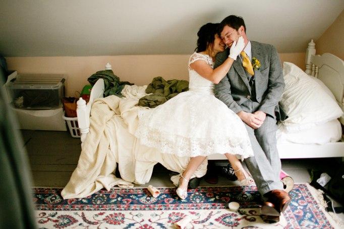 Cute wedding photo of couple