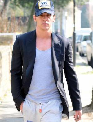 Jonathan Rhys Meyers fined over airport