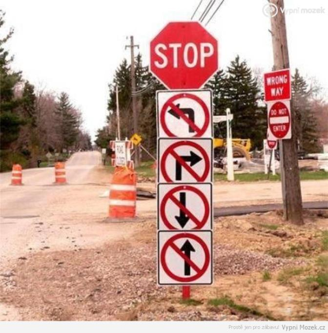 funny-road-sign-no-turns