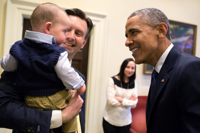 Obama meets Press Secretary's baby