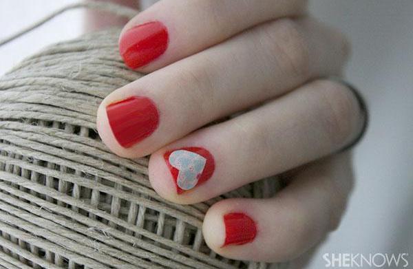 Valentine's Day heart nail polish tutorial
