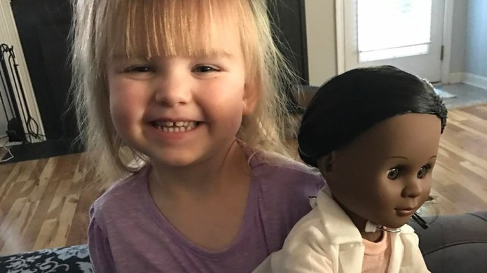 Toddler Schools a Clerk Who Disapproves