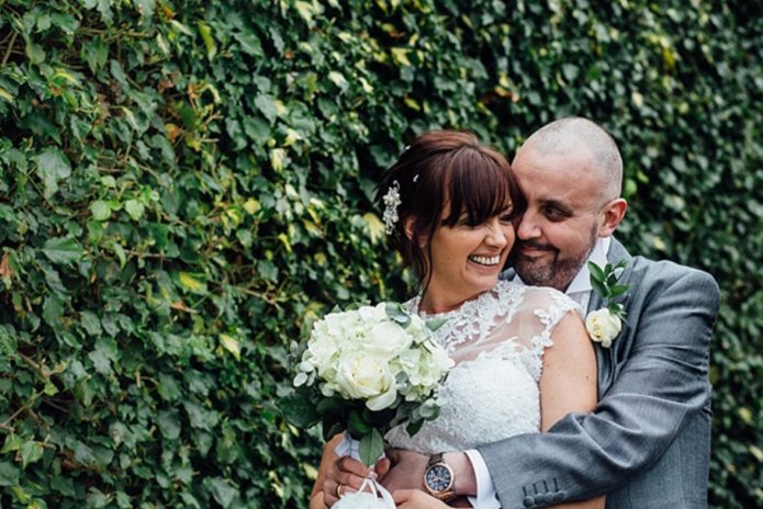 Bride shaves her head to support