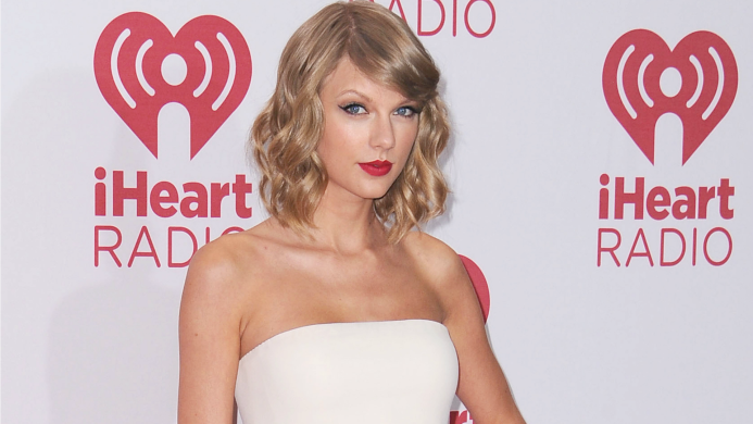 Taylor Swift's cat Olivia Benson gets