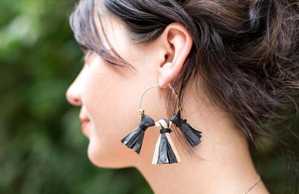 How to make bohemian raffia earrings