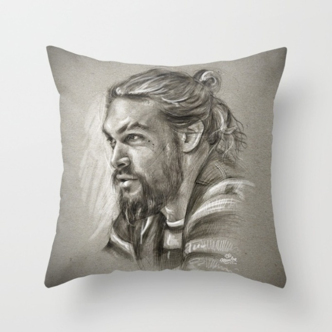 jason-momoa-throw-pillow-cover