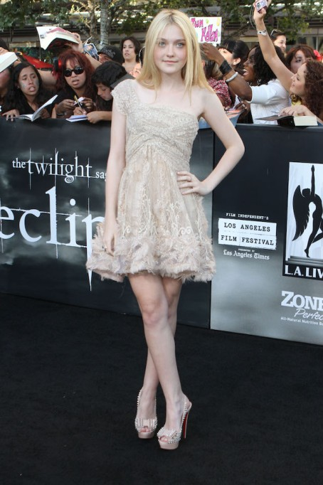 Dakota Fanning at the Premiere of 'Twilight: Eclipse'