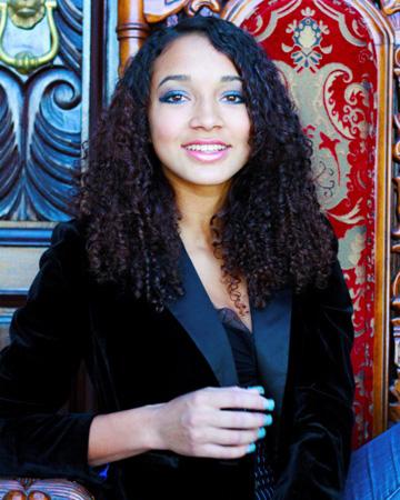 Courtney Allegra