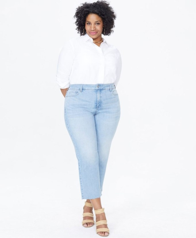 Modern Pieces For Every Woman's Work Wardrobe | Straight Leg jeans