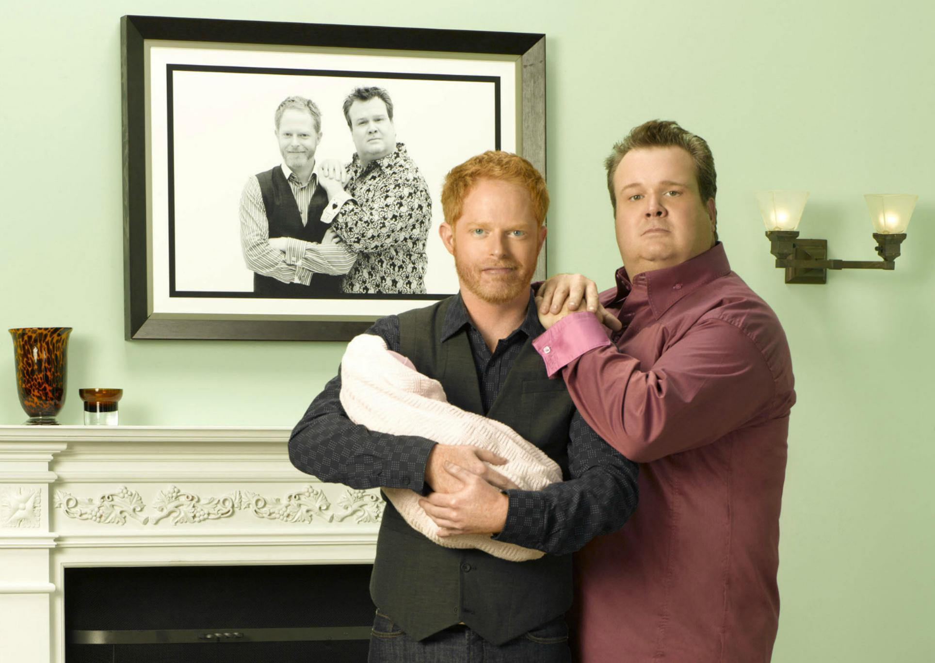 Cam Gay 5 things modern family taught us about gay families – sheknows