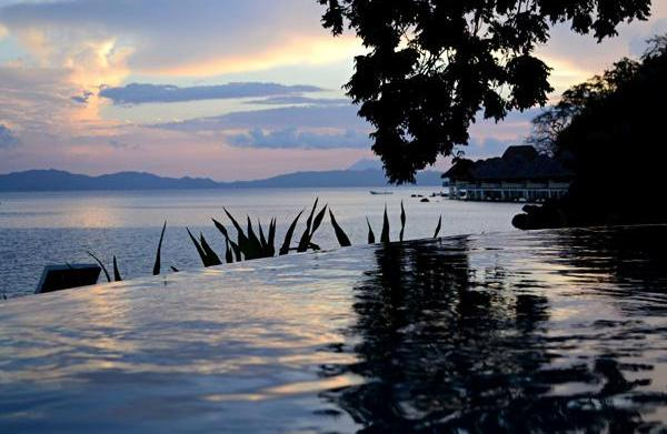Top 4 hotels in Palawan for