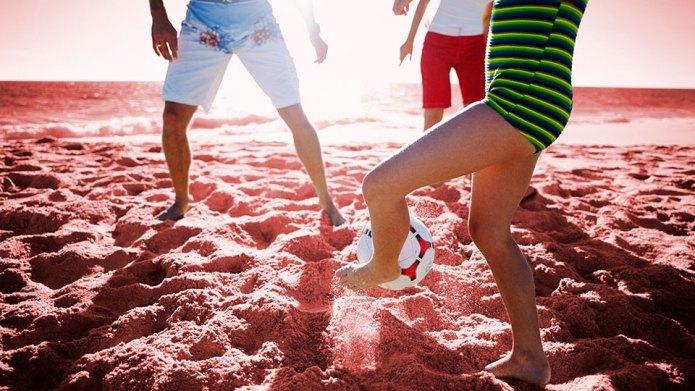 10 Best Beach Toys & Games